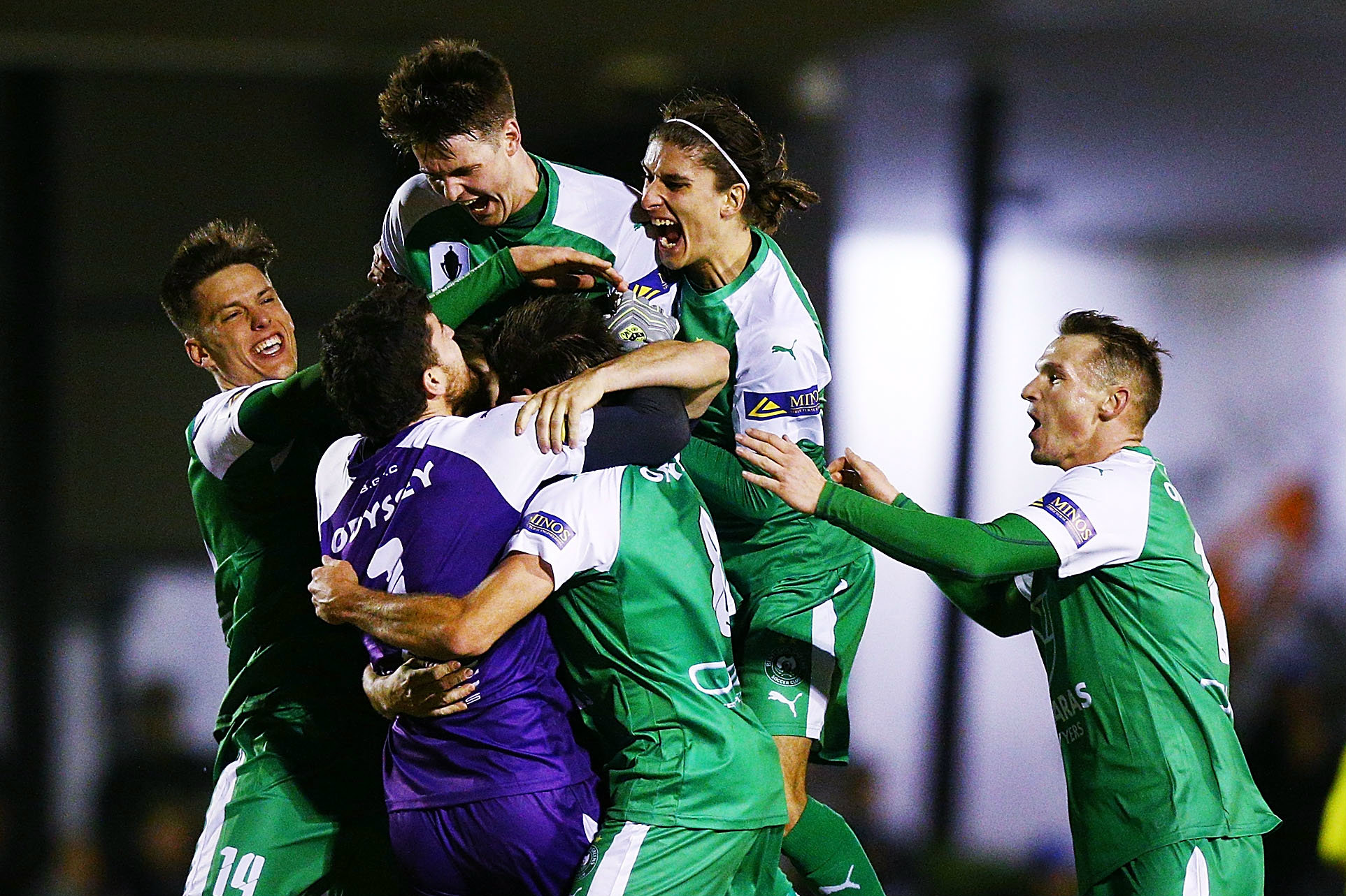 Bentleigh Greens players celebrate