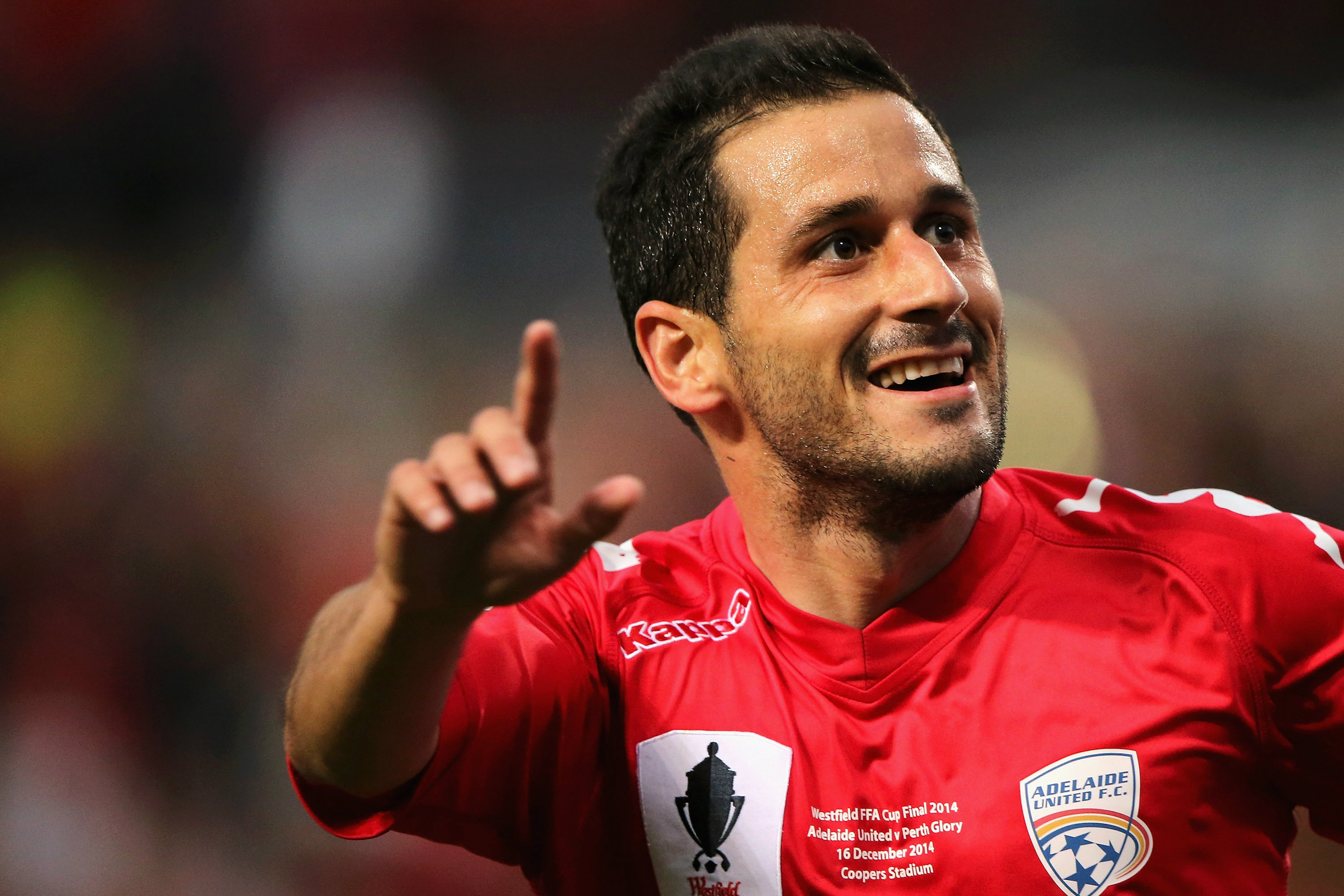 Sergio Cirio celebrates his match-winning goal in the FFA Cup 2014 Final.