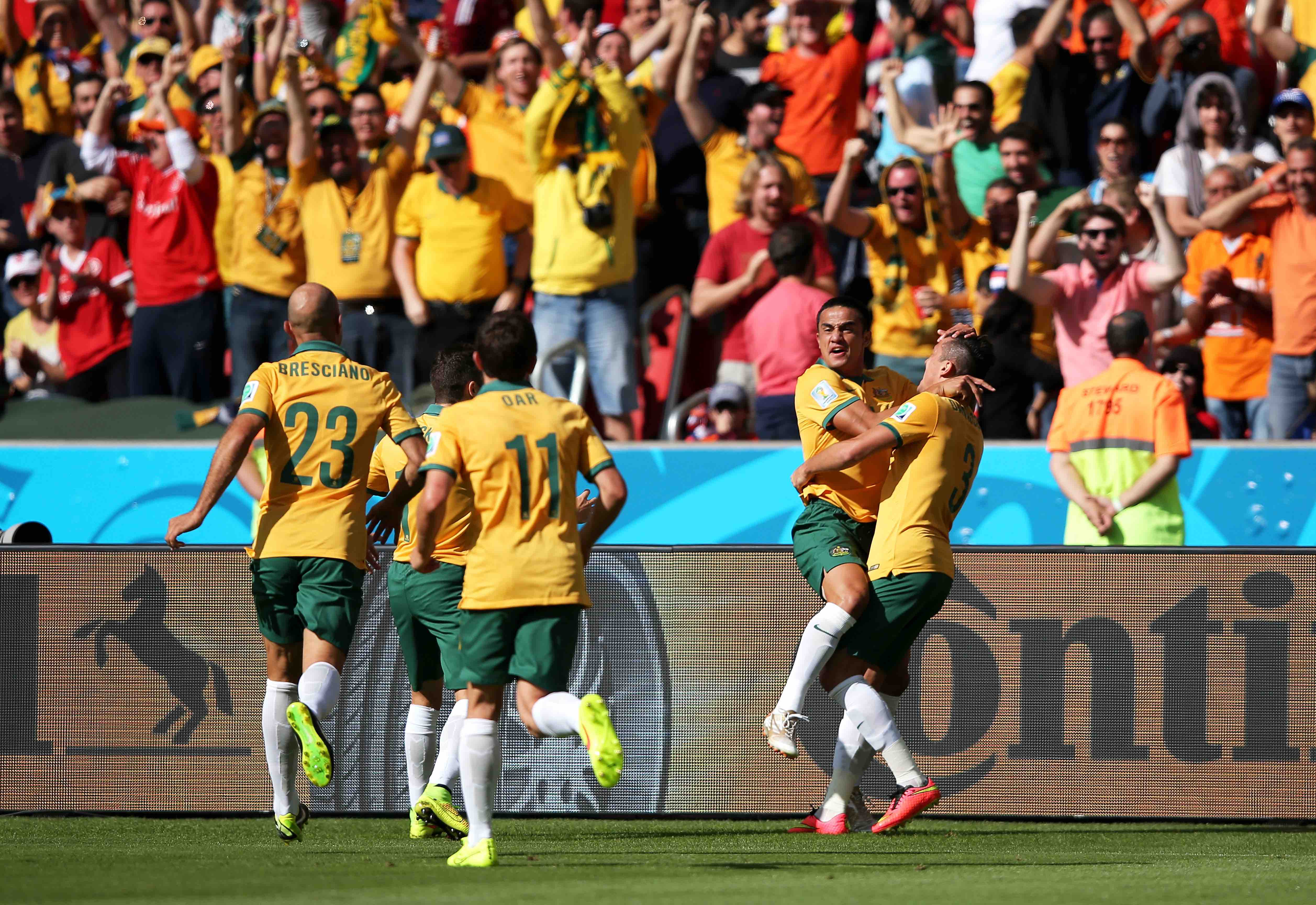 Cahill celebrating his famous goal against the Netherlands at the 2014 FIFA World Cup