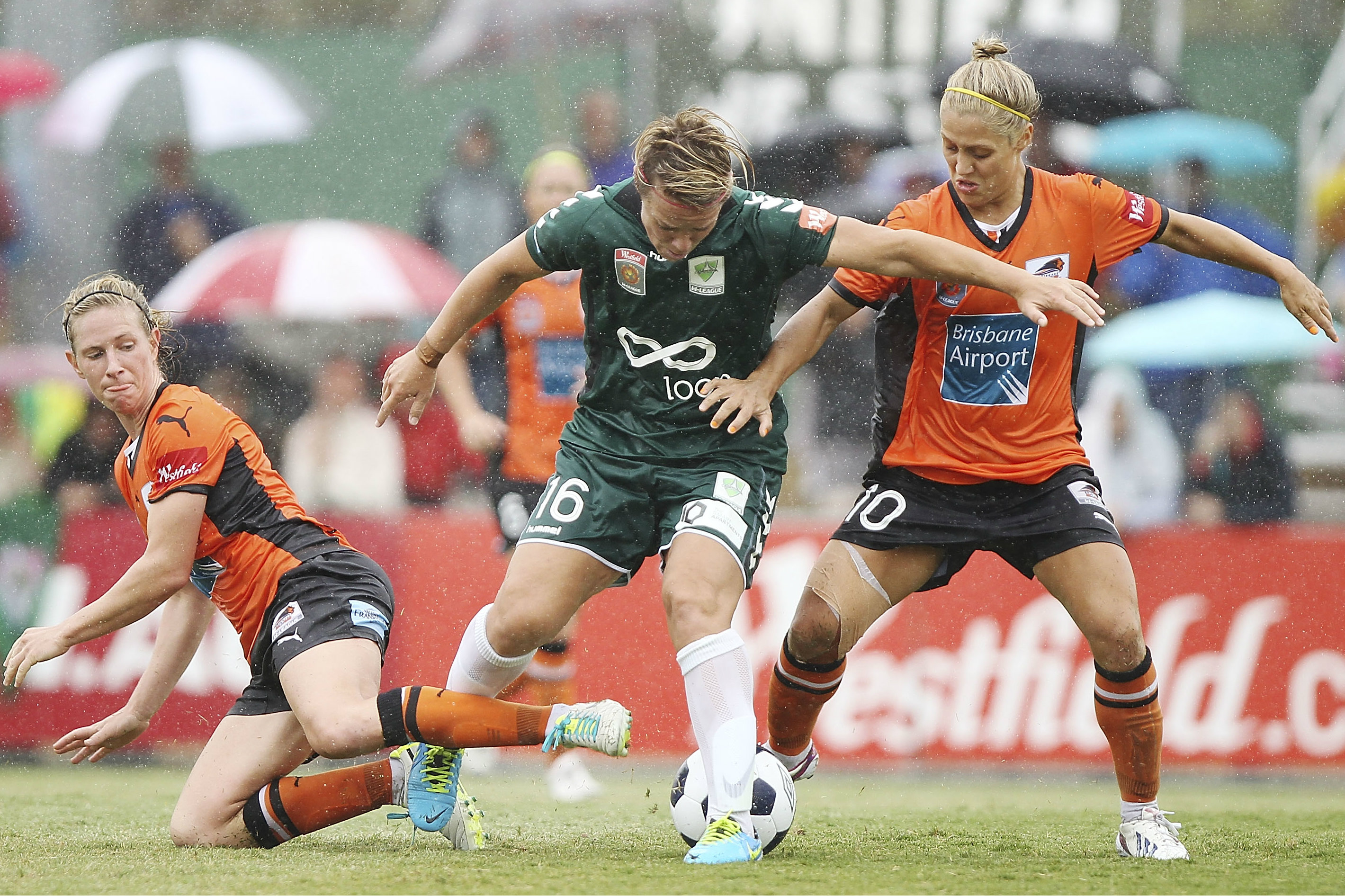 Elise Kellond-Knight and Katrina Gorry in action for Brisbane Roar.