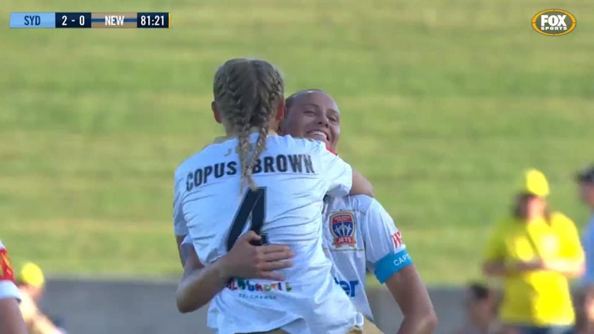 Top Goals of the Westfield W-League Season: Libby Copus-Brown - Newcastle Jets