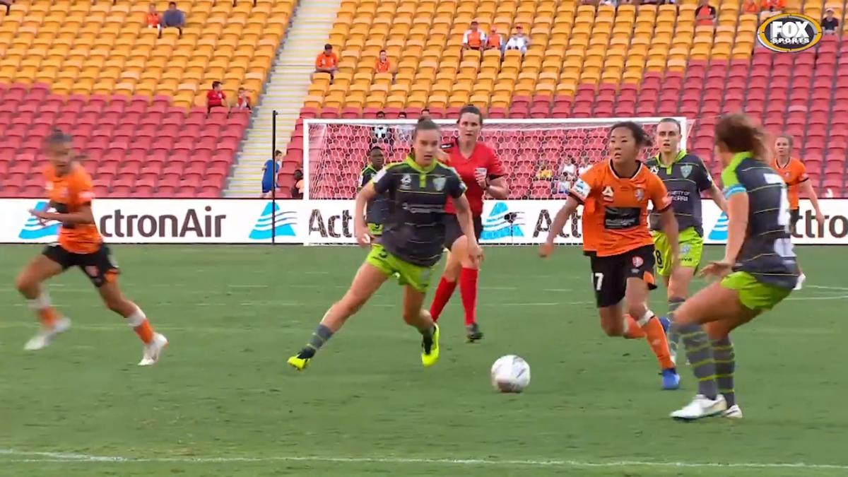 Goals of the Season: Yuki Nagasato - Brisbane Roar