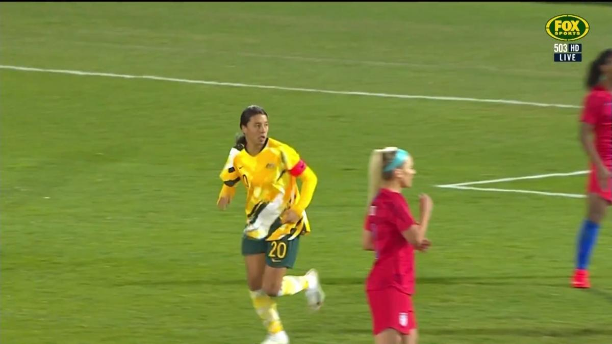 Sam Kerr scores her first goal against the USA