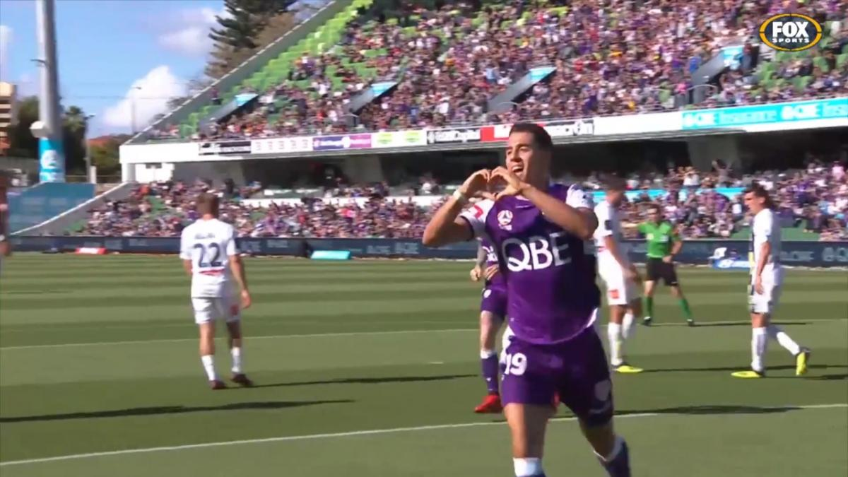 NAB Young Footballer of the Year A-League Nominee: Chris Ikonomidis