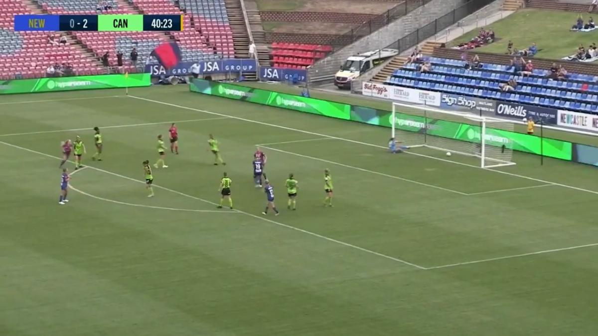 GOAL:  Andrews - Penalty puts Newcastle back in it