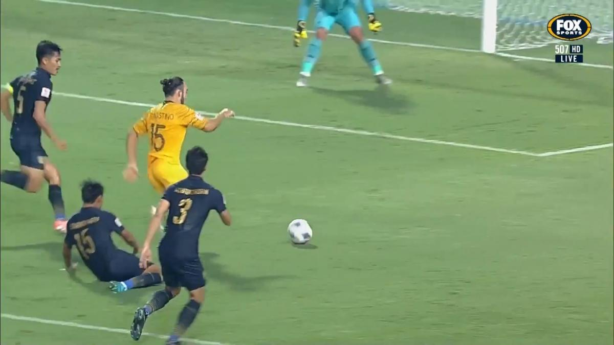 GOAL: D'Agostino  -Australia draw level before the break