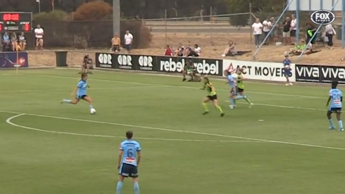 GOAL: Huerta - Puts the icing on the cake