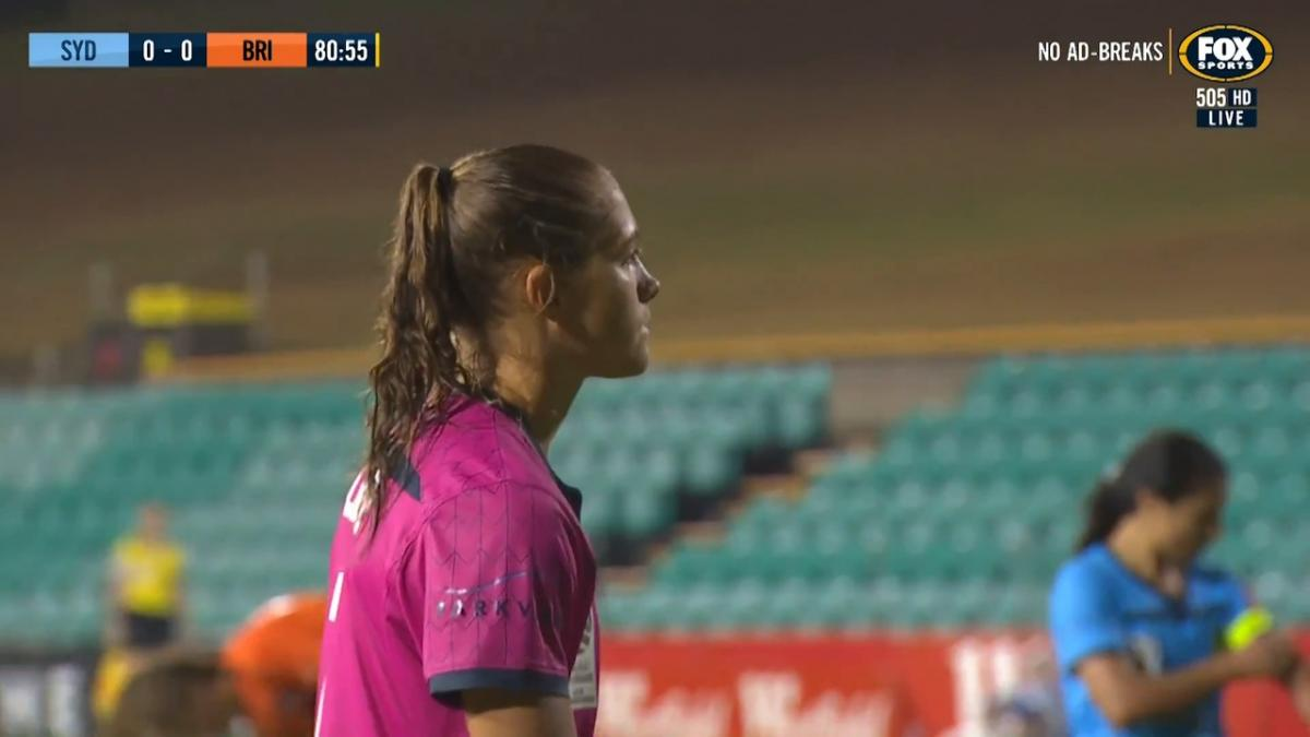 SAVE: Bledsoe - The W-League keeper of the year again steps up