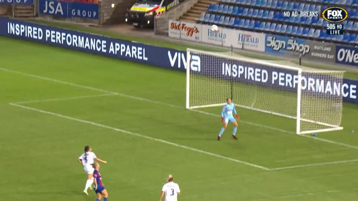 GOAL: Tamplin scores a beauty from distance