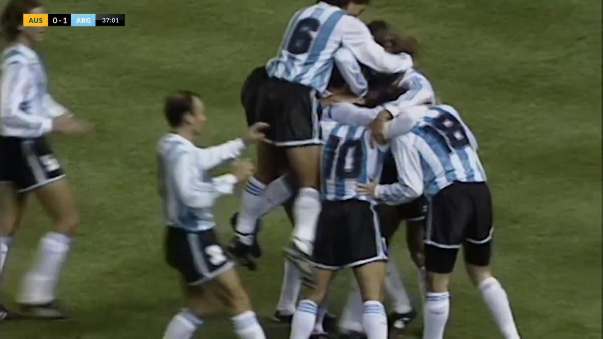 Diego Maradona assists Argentina's goal v Socceroos in FIFA World Cup 1994 play-off