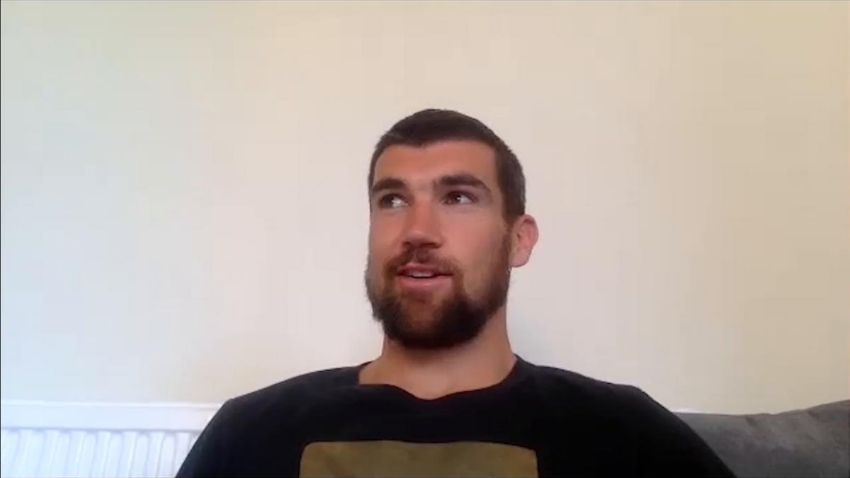 How Mat Ryan reacted to Tim Cahill's goals v Japan at FIFA World Cup 2006