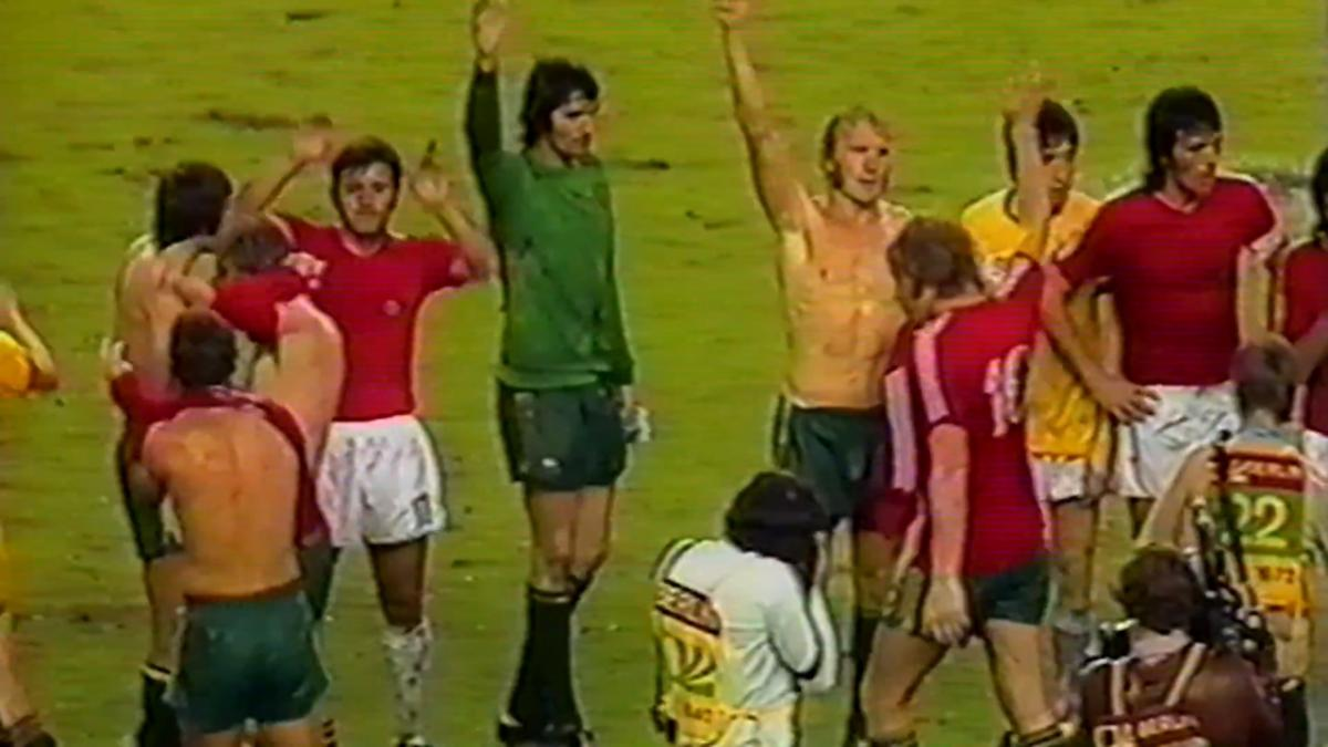 Highlights: Socceroos earn first ever FIFA World Cup point v Chile in 1974