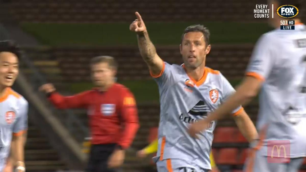 Wellington Phoenix v Brisbane Roar | Match Highlights | Hyundai A-League