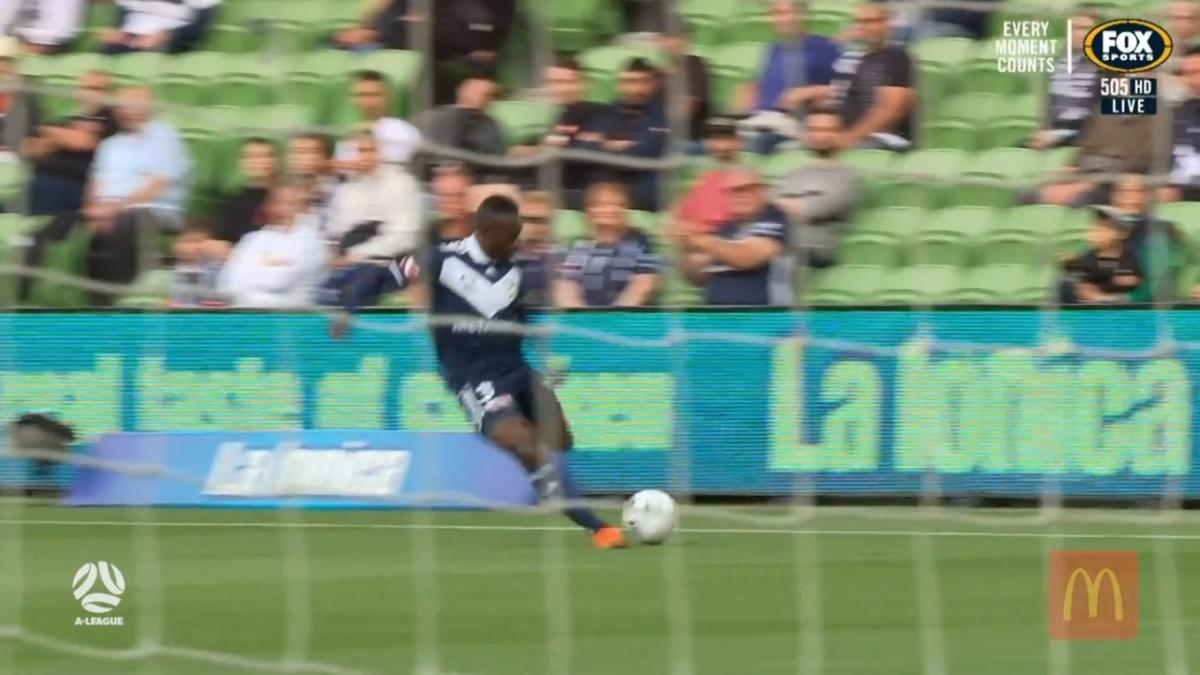 Melbourne Victory v Perth Glory | Mini Match | A-League