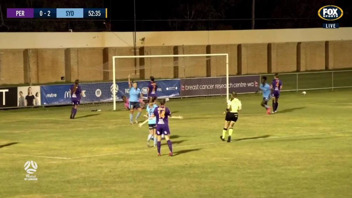 GOAL: Siemsen - Sydney make it three in Perth