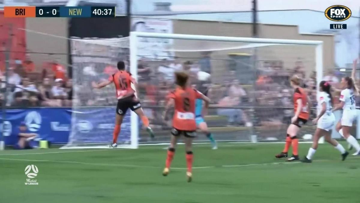 GOAL: Torpey - Roar kick-start the action at home