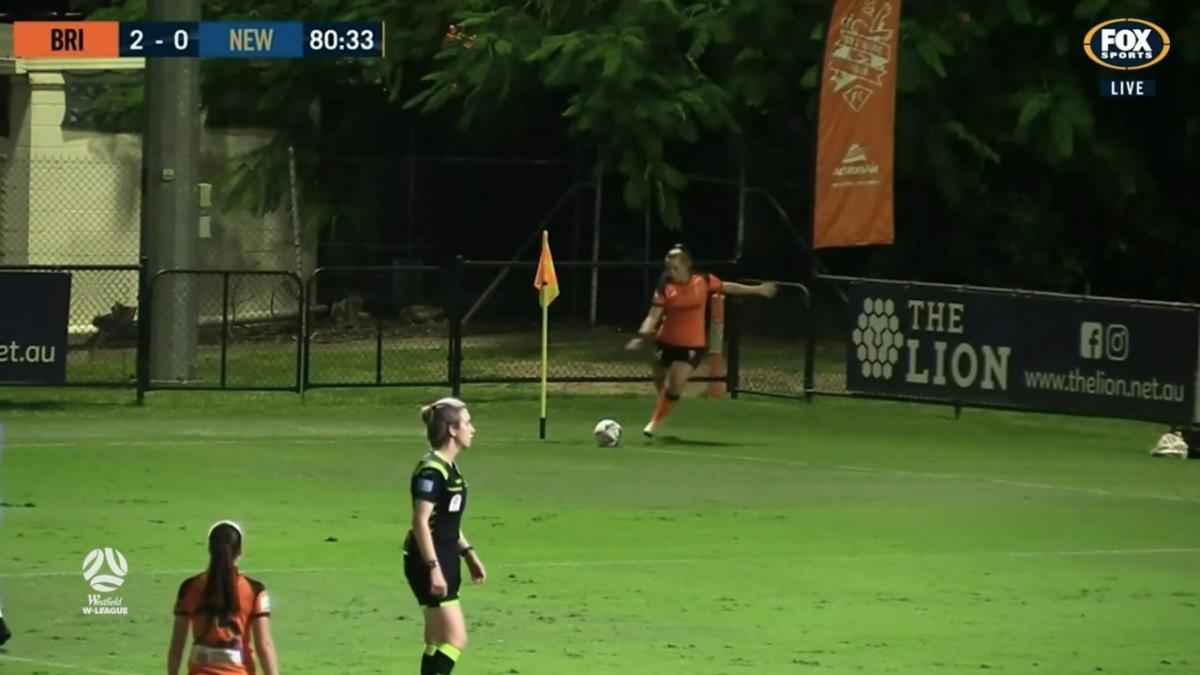 GOAL: Hecher - The Roar put the match to bed