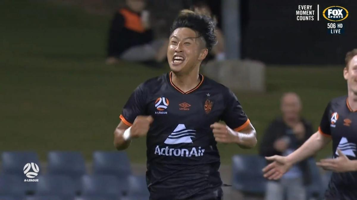 GOAL: Danzaki - The young Japanese continues his scoring ways