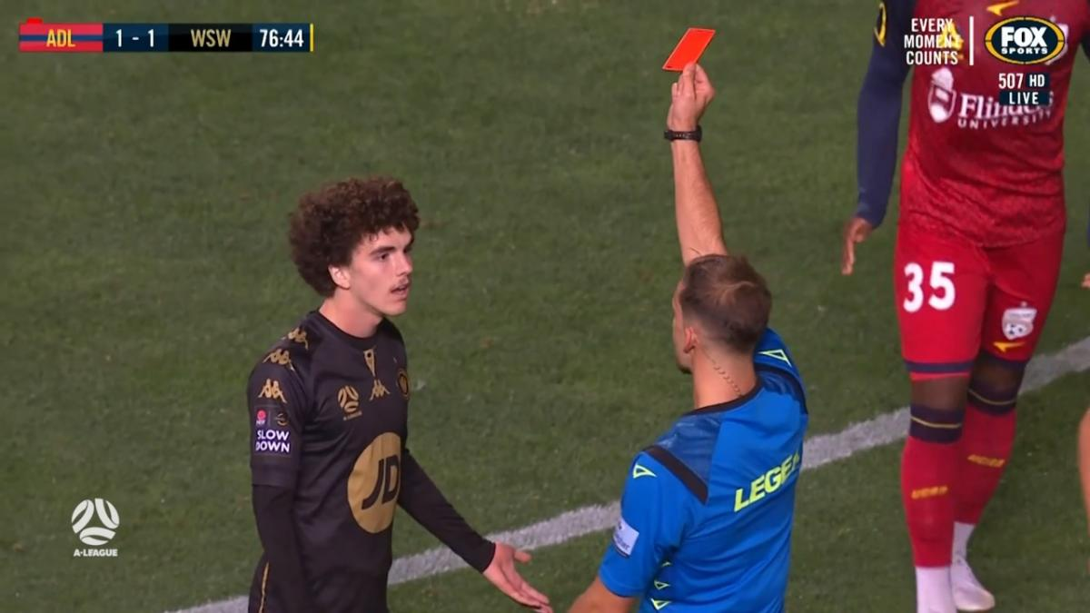 RED CARD: Natta -This time Wanderers lose a player