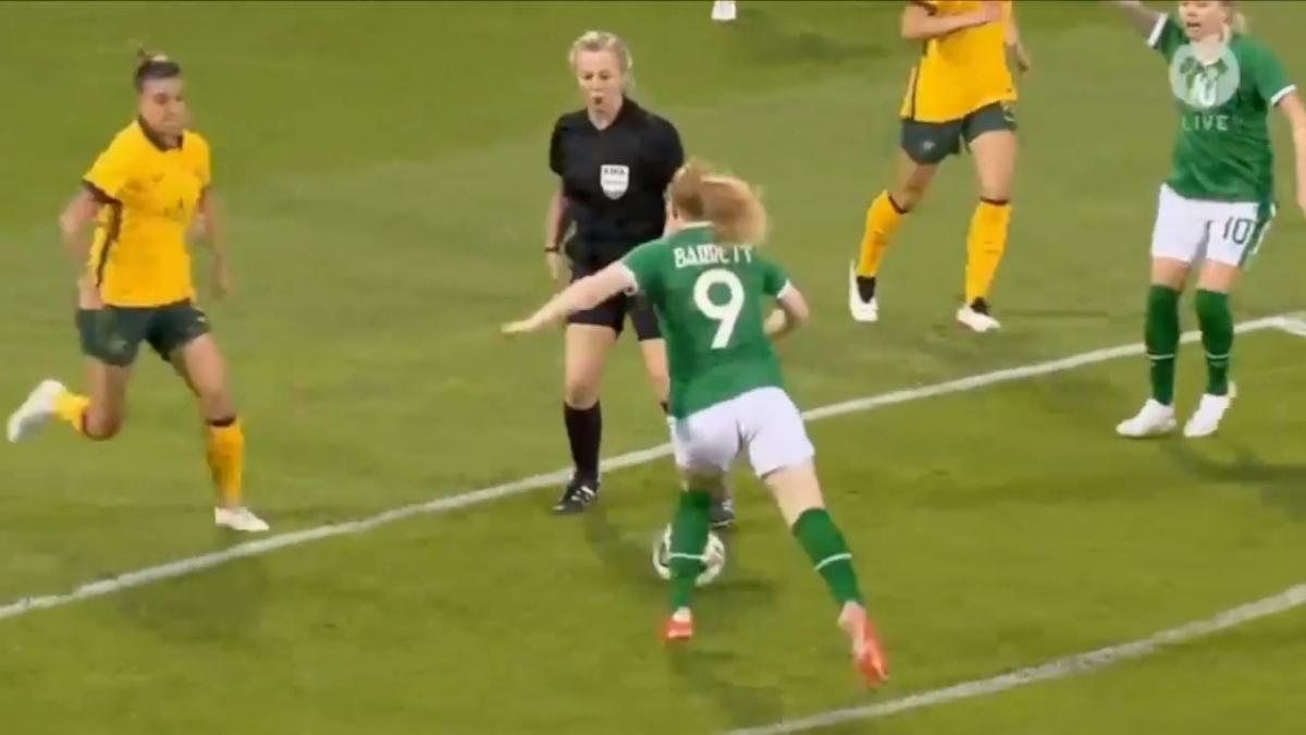 Ireland v Australia | Extended Highlights | International Friendly
