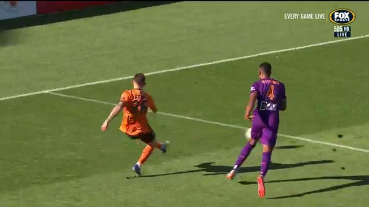 Perth Glory v  Brisbane Roar | Mini-Match Highlights | Hyundai A-League