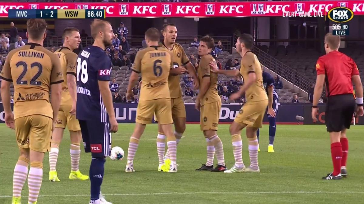 Melbourne Victory v Western Sydney Wanderers | Mini-Match Highlights | Hyundai A-League