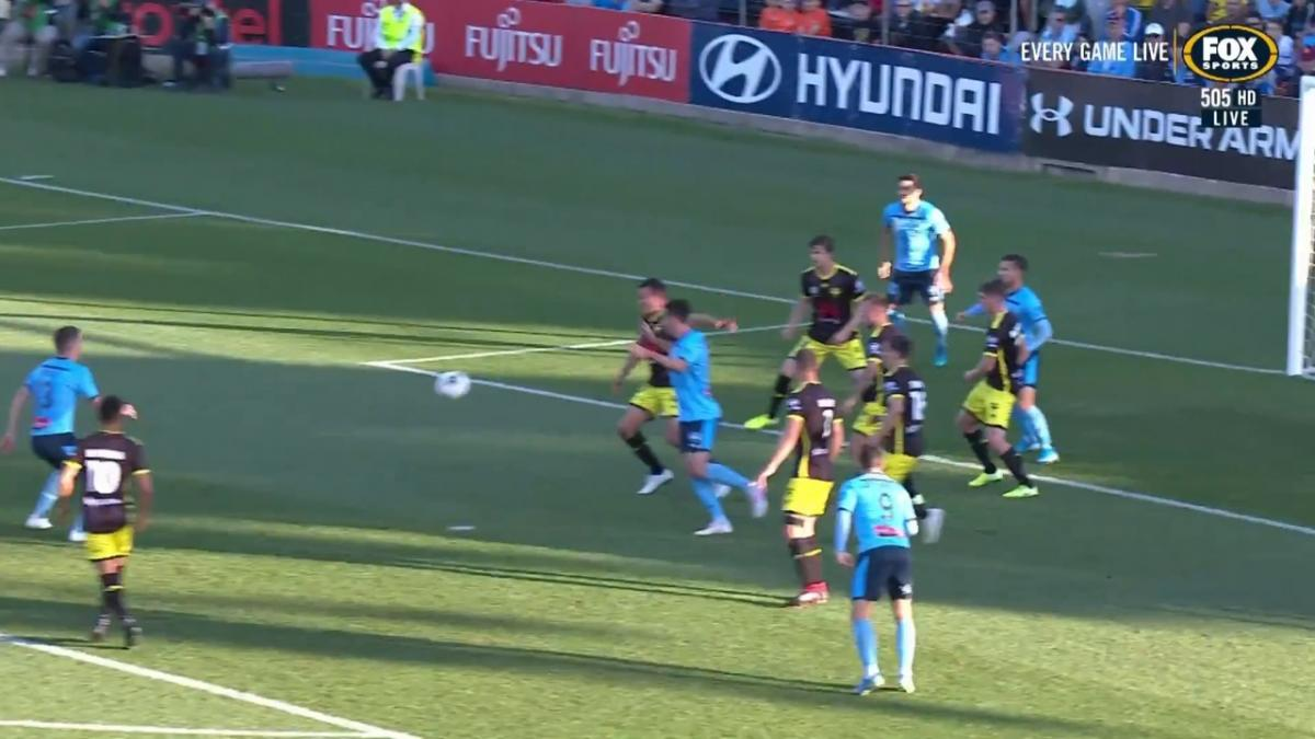 GOAL: O'Neill - Sydney FC wasting no time against The Phoenix