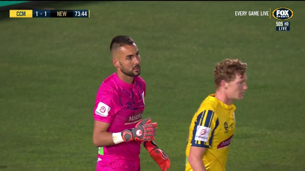 SAVE OF ROUND 2 | Mark Birighitti | Hyundai A-League