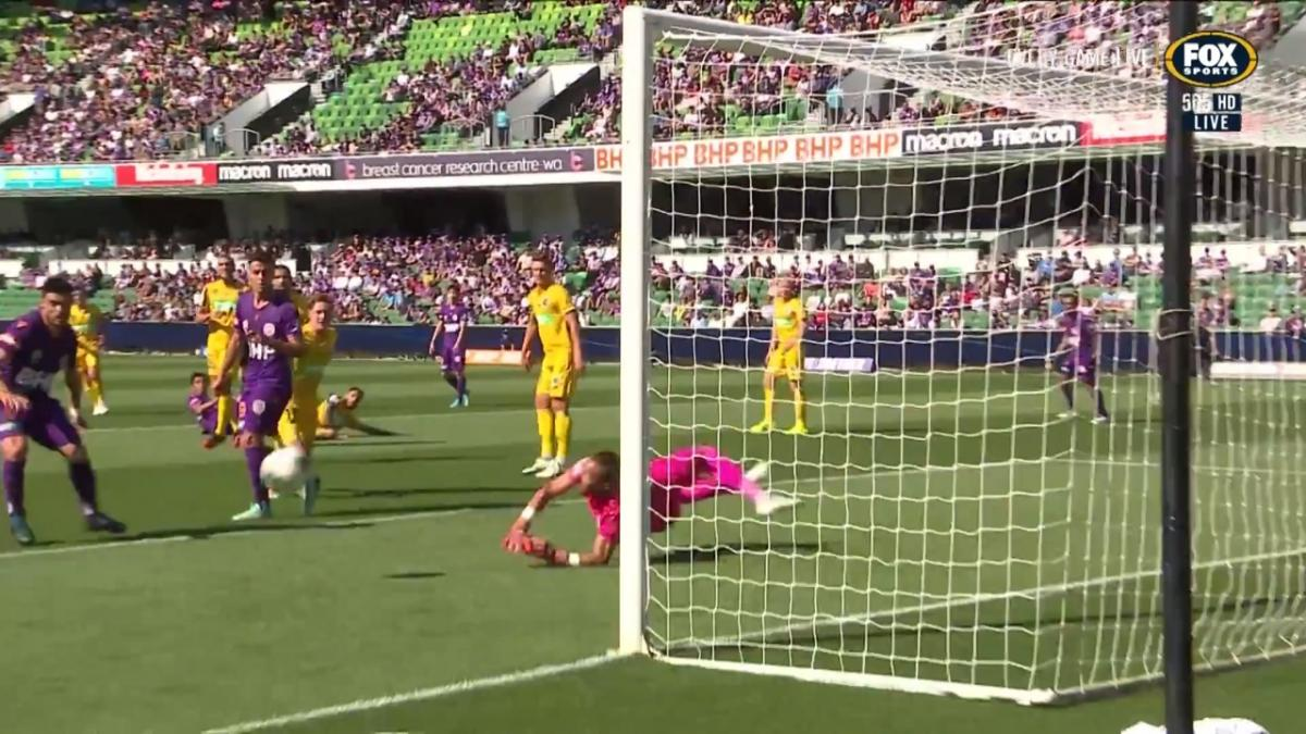 GOAL: Franjic - Glory draw level as HBF Park erupts