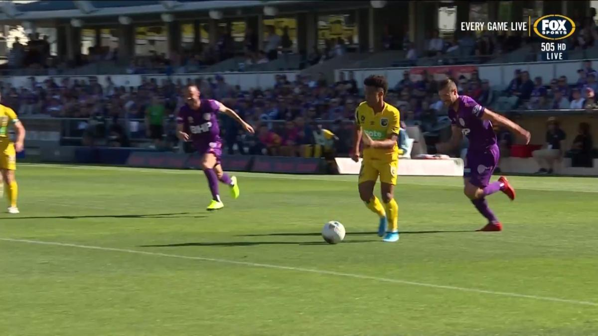 GOAL: Silvera - Youngster grabs his first A-League goal with some finesse