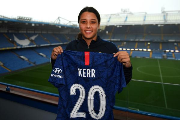 Sam Kerr with Chelsea jersey