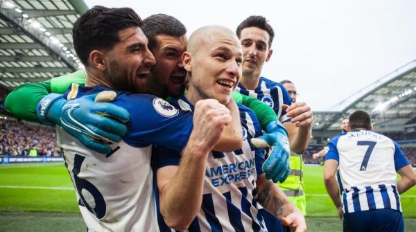 Mat Ryan, Aaron Mooy celebrate Brighton goal
