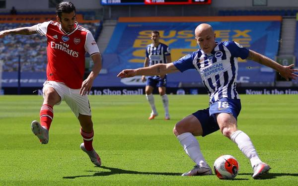 Aaron Mooy Arsenal brighton
