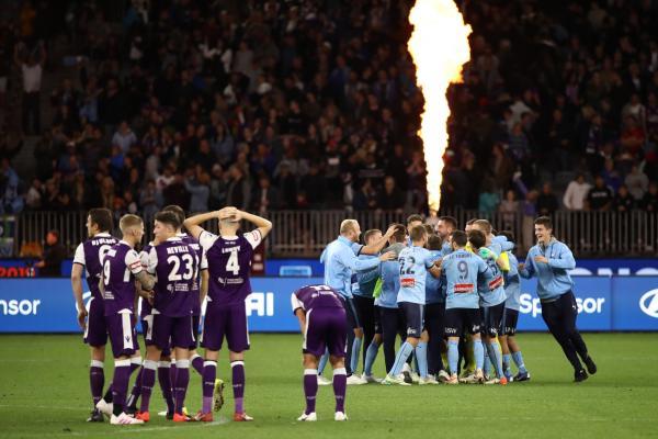 Perth Glory; Sydney FC