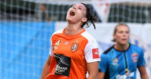 Emily Gielnik Brisbane Roar 2020/21