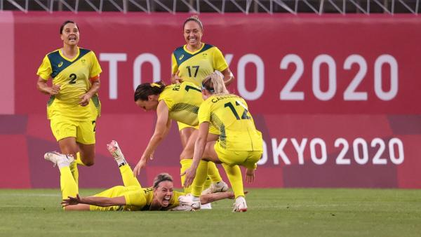 Alanna Kennedy #14 of Team Australia celebrates after scoring their side's first goal during the Women's Quarter Final match between Great Britain and Australia on day seven of the Tokyo 2020 Olympic Games at Kashima Stadium on July 30, 2021 in Kashima, Ibaraki, Japan. (Photo by Atsushi Tomura/Getty Images)