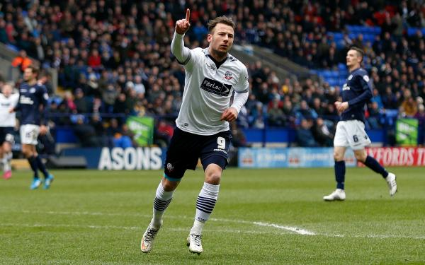 Adam Le Fondre scores for Bolton in the Championship