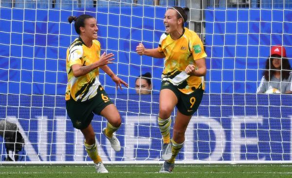 Cailtin Foord scores against Brazil