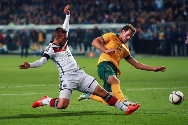 Signing news: Phoenix snap up Australia international defender