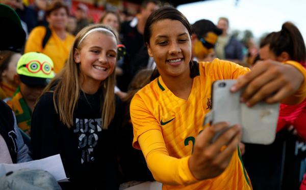Sam Kerr and Matildas fan
