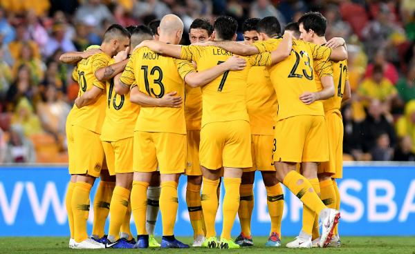 Socceroos huddle