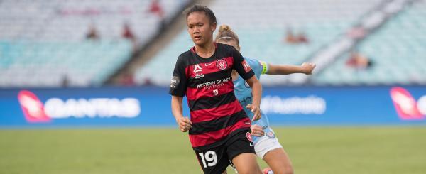 Signing news: Phonsongkham returns for Wanderers