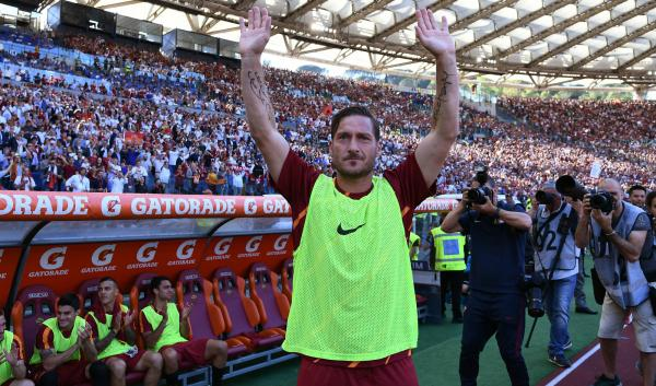 Totti says farewell to AS Roma
