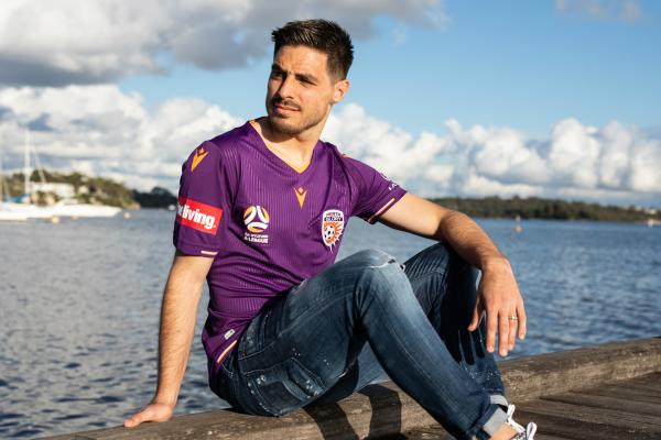 Bruno Fornaroli in Perth Glory's new home strip