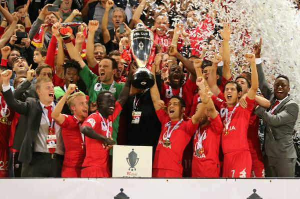 Adelaide United left the trophy in 2014.